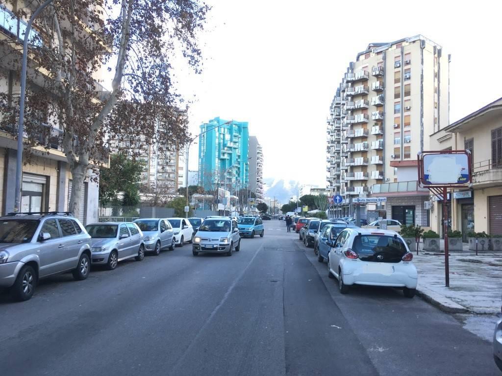 Appartamento in Affitto a Palermo Periferia: 2 locali, 70 mq