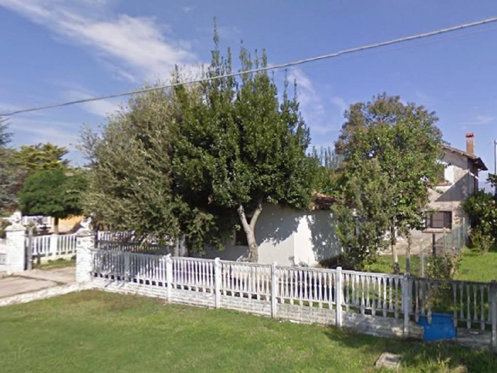 Rustico / Casale in ottime condizioni in vendita Rif. 8720904