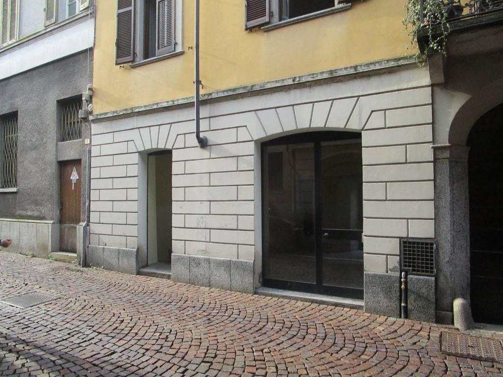 Negozio / Locale in vendita a Borgomanero, 3 locali, prezzo € 70.000 | PortaleAgenzieImmobiliari.it