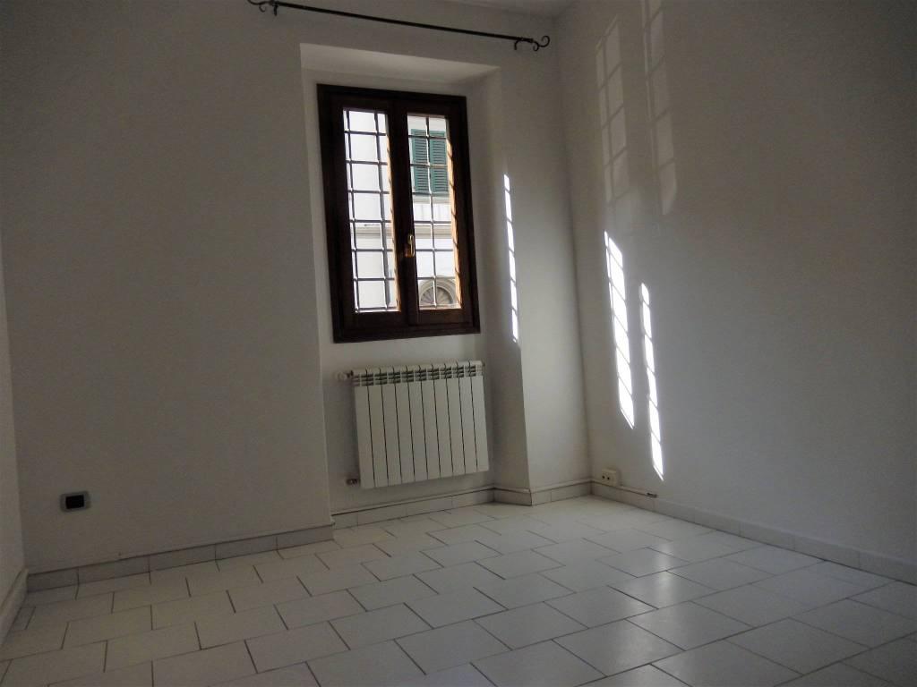 Ufficio-studio in Affitto a Firenze Semicentro: 5 locali, 90 mq