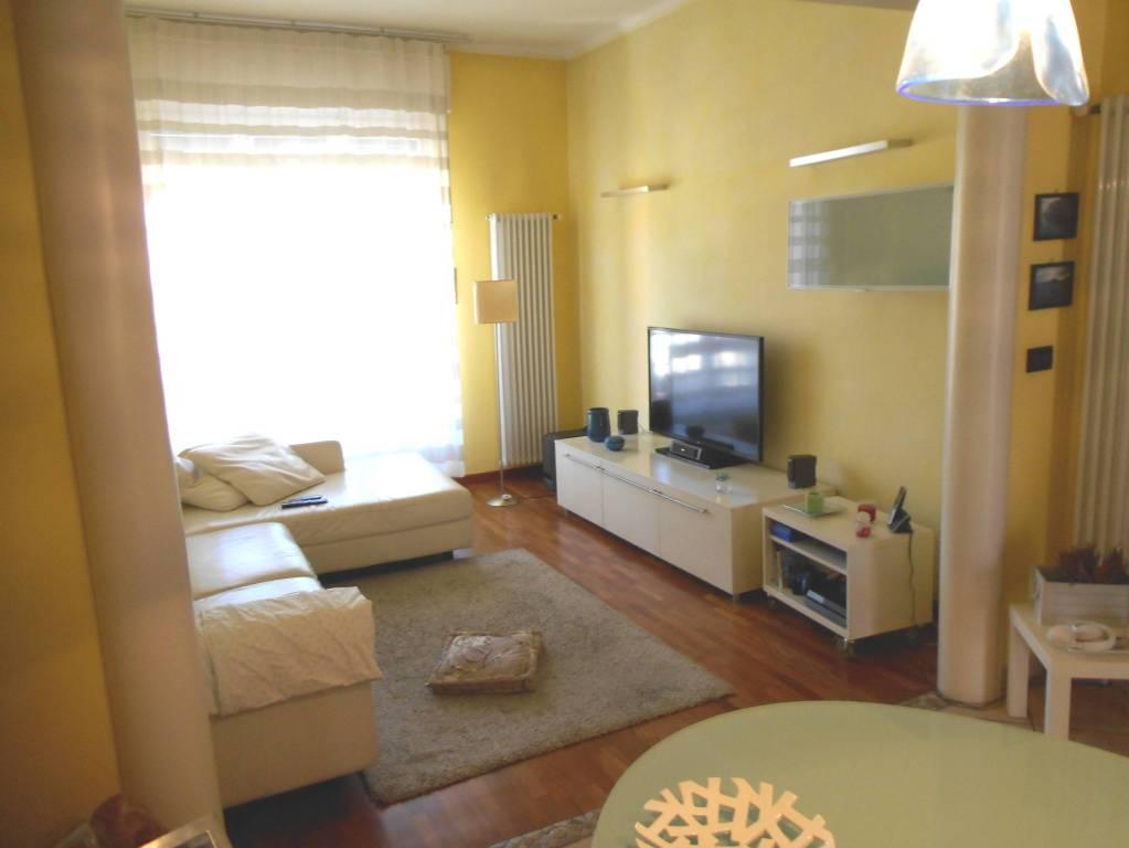 Foto 1 di Appartamento strada Genova 106, Moncalieri