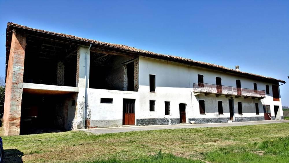 Rustico / Casale in vendita a Montiglio Monferrato, 5 locali, prezzo € 130.000 | PortaleAgenzieImmobiliari.it