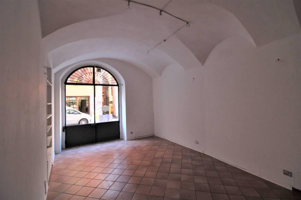 Negozio / Locale in vendita a Varallo, 1 locali, prezzo € 48.000 | PortaleAgenzieImmobiliari.it