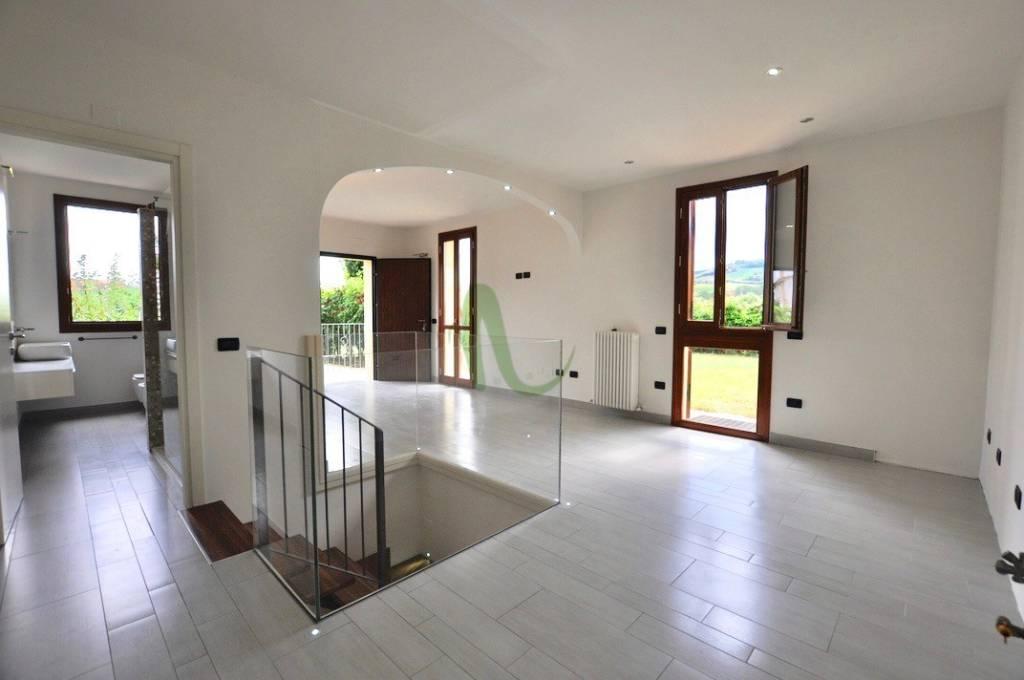 Appartamento in Vendita a Brisighella Centro: 3 locali, 100 mq