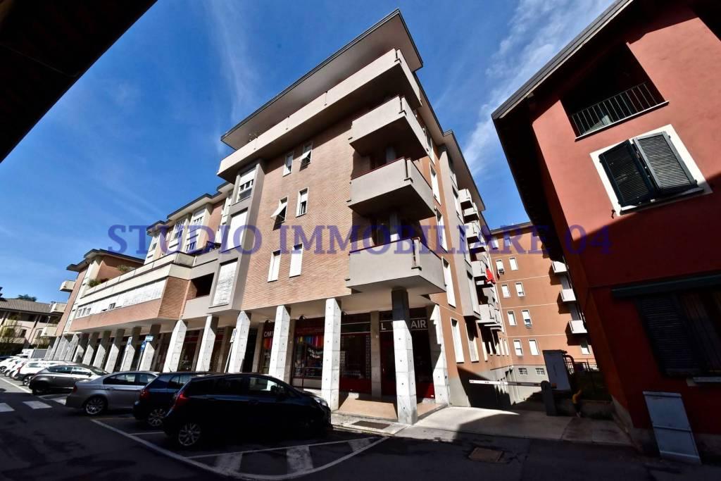 Appartamento in vendita a Lentate sul Seveso, 3 locali, prezzo € 89.000 | PortaleAgenzieImmobiliari.it