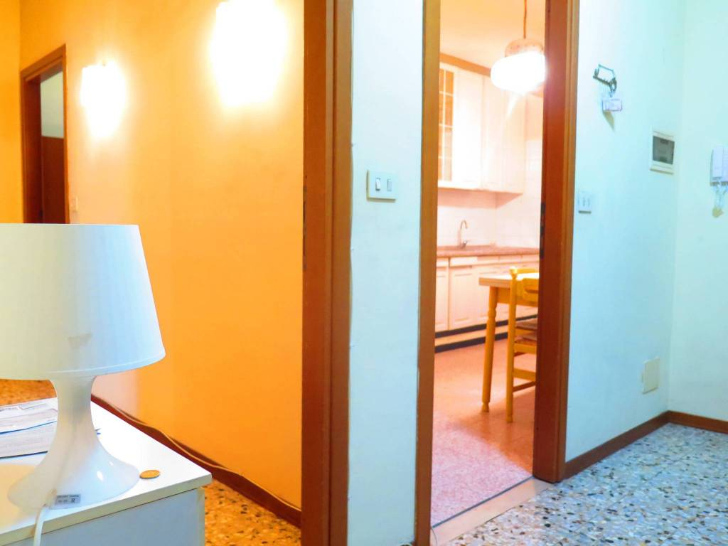 Foto 1 di Trilocale via Luigi e Salvatore Marchesi 7, Parma