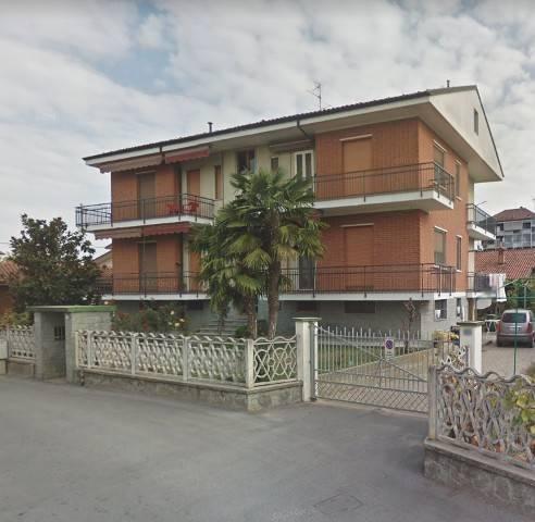 Appartamento in buone condizioni in affitto Rif. 4277495