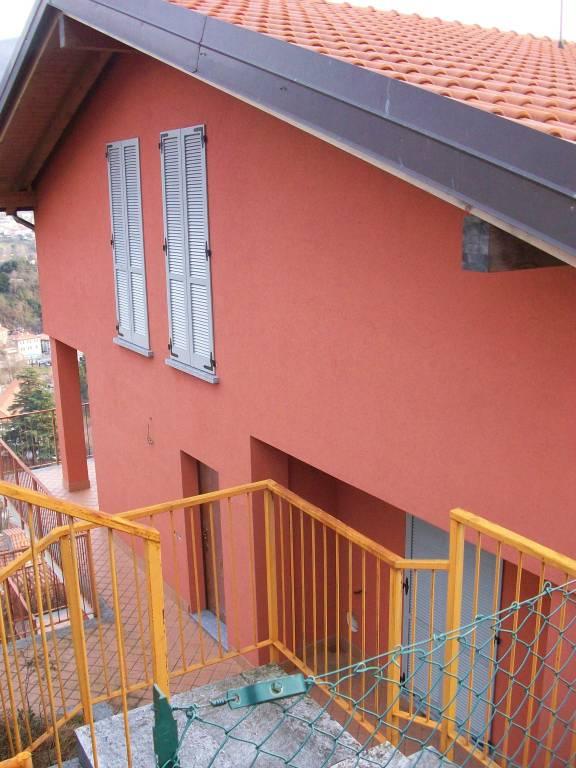Villa in affitto a Asso, 5 locali, prezzo € 900 | PortaleAgenzieImmobiliari.it