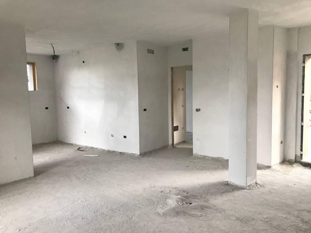 Appartamento in vendita a Travagliato, 3 locali, prezzo € 190.000 | PortaleAgenzieImmobiliari.it