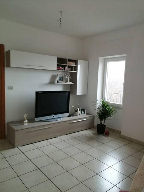Appartamento in ottime condizioni in affitto Rif. 8503488