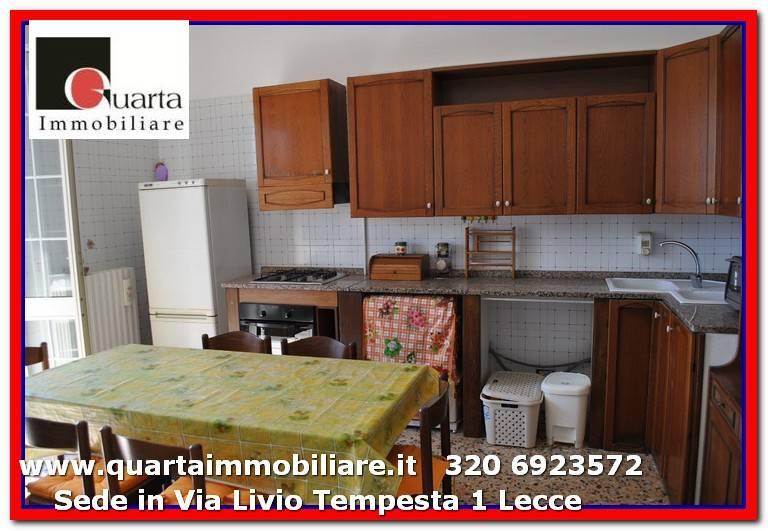Appartamento in Affitto a Lecce Semicentro: 3 locali, 90 mq