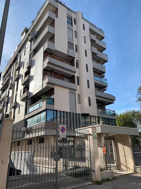 Ufficio-studio in Affitto a Foggia Semicentro: 2 locali, 60 mq