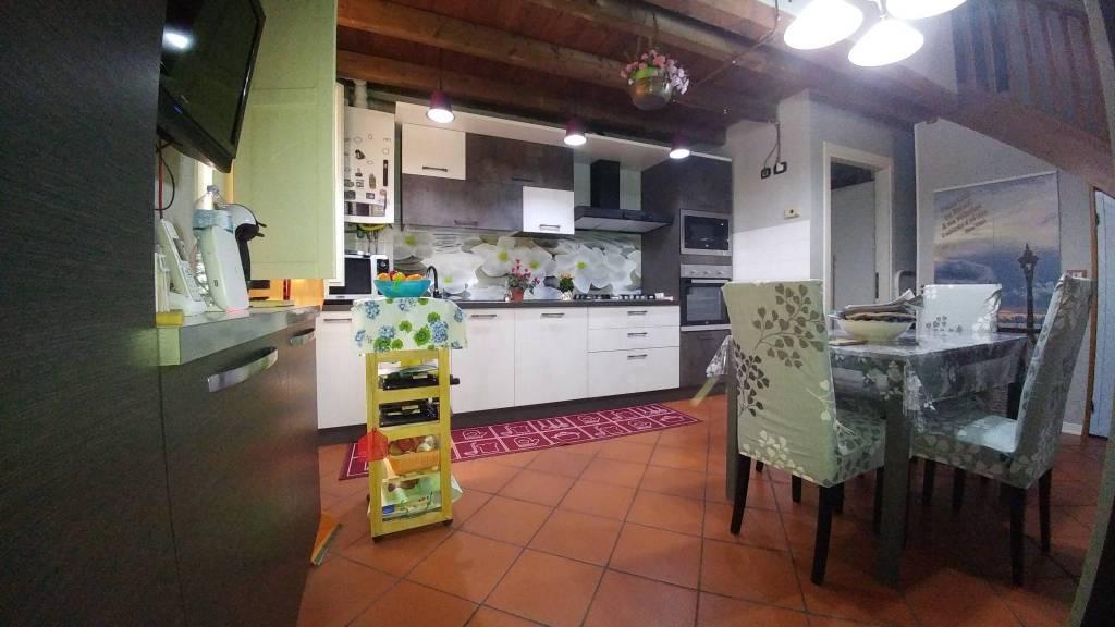 Appartamento in vendita a Castel Bolognese, 4 locali, prezzo € 145.000 | CambioCasa.it