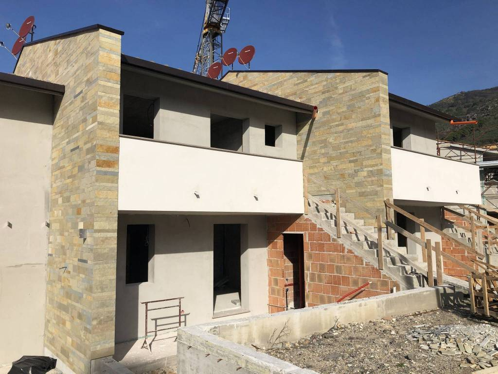 Appartamento in Vendita a Vicopisano: 3 locali, 82 mq
