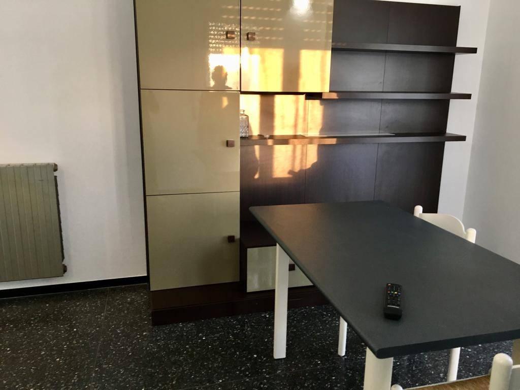 Appartamento in ottime condizioni in affitto Rif. 9276329