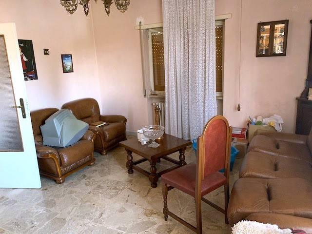 Villa in vendita a Avezzano, 3 locali, prezzo € 85.000 | PortaleAgenzieImmobiliari.it