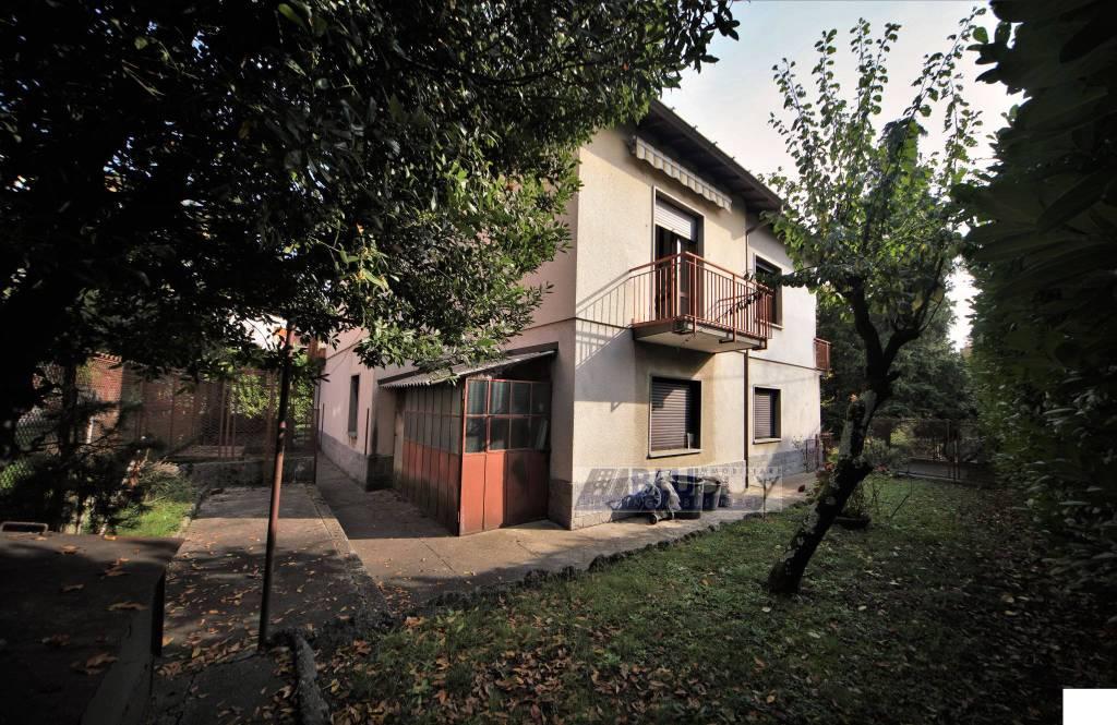 Villa in vendita a San Fermo della Battaglia, 6 locali, prezzo € 310.000 | PortaleAgenzieImmobiliari.it