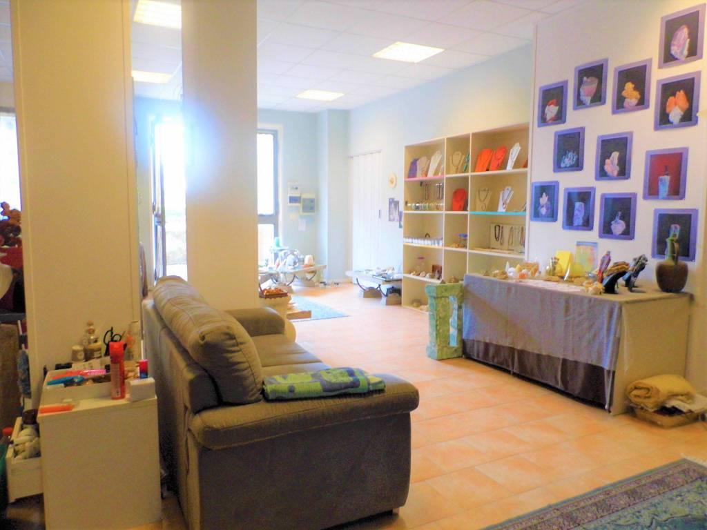 Negozio / Locale in vendita a Castelli Calepio, 2 locali, prezzo € 89.000 | PortaleAgenzieImmobiliari.it