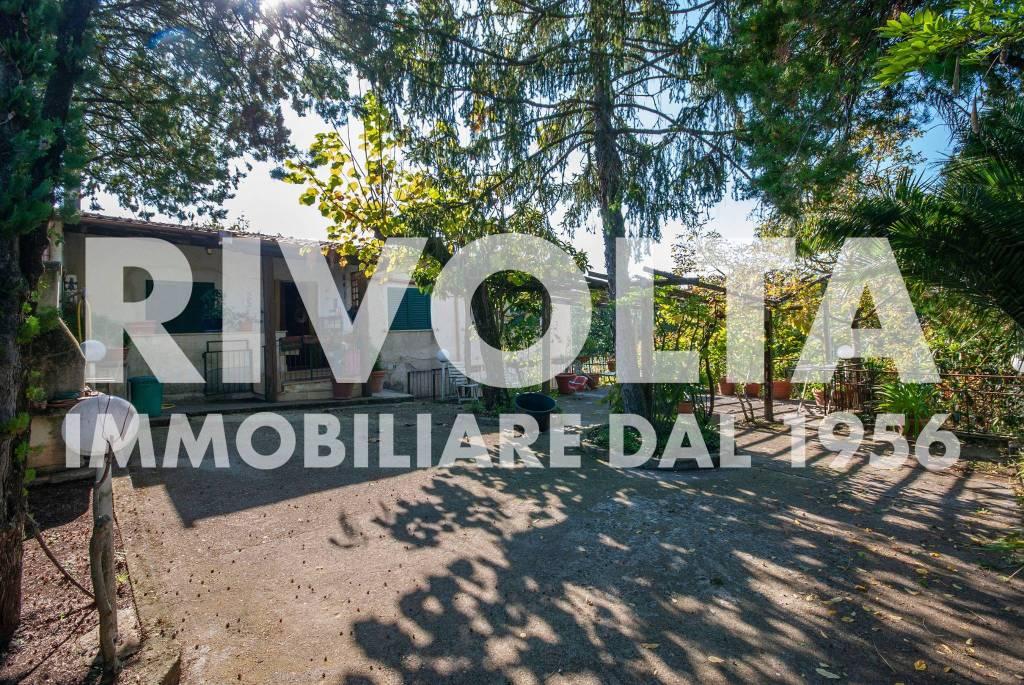Appartamento in vendita a Velletri, 4 locali, prezzo € 130.000 | CambioCasa.it