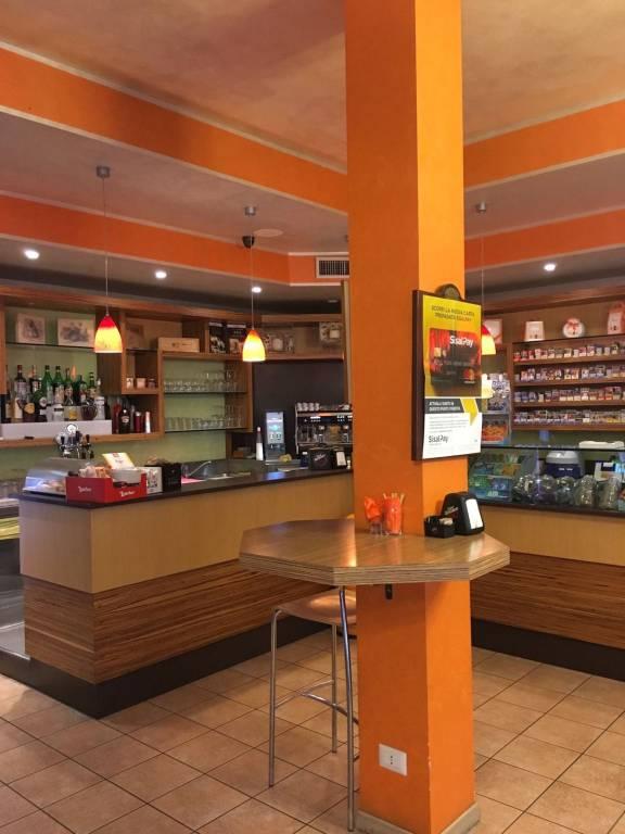 Tabacchi / Ricevitoria in vendita a Truccazzano, 2 locali, prezzo € 220.000 | PortaleAgenzieImmobiliari.it