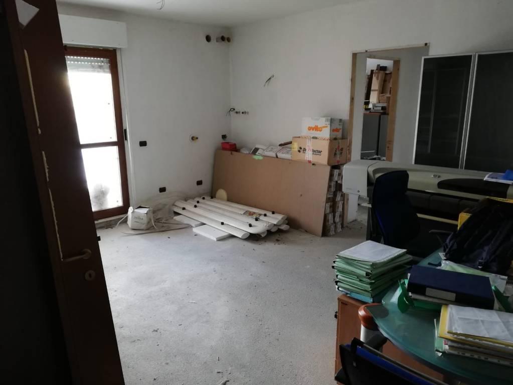 Appartamento in vendita a Fabriano, 3 locali, prezzo € 85.000 | PortaleAgenzieImmobiliari.it