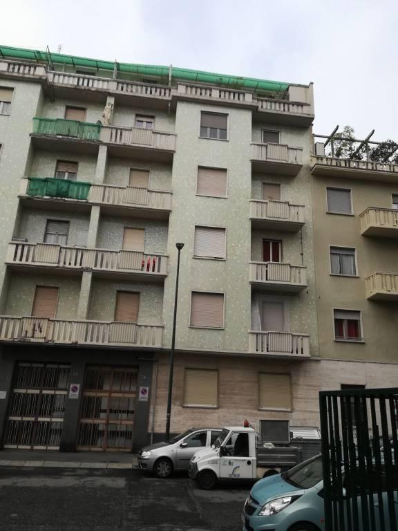 Foto 1 di Trilocale via Eusebio Garizio 28, Torino (zona Cenisia, San Paolo)