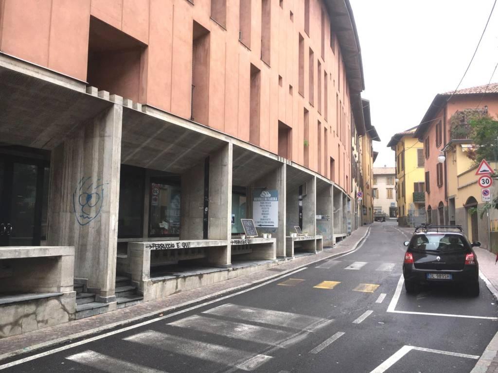 Negozio / Locale in vendita a Alzano Lombardo, 2 locali, prezzo € 45.000 | PortaleAgenzieImmobiliari.it