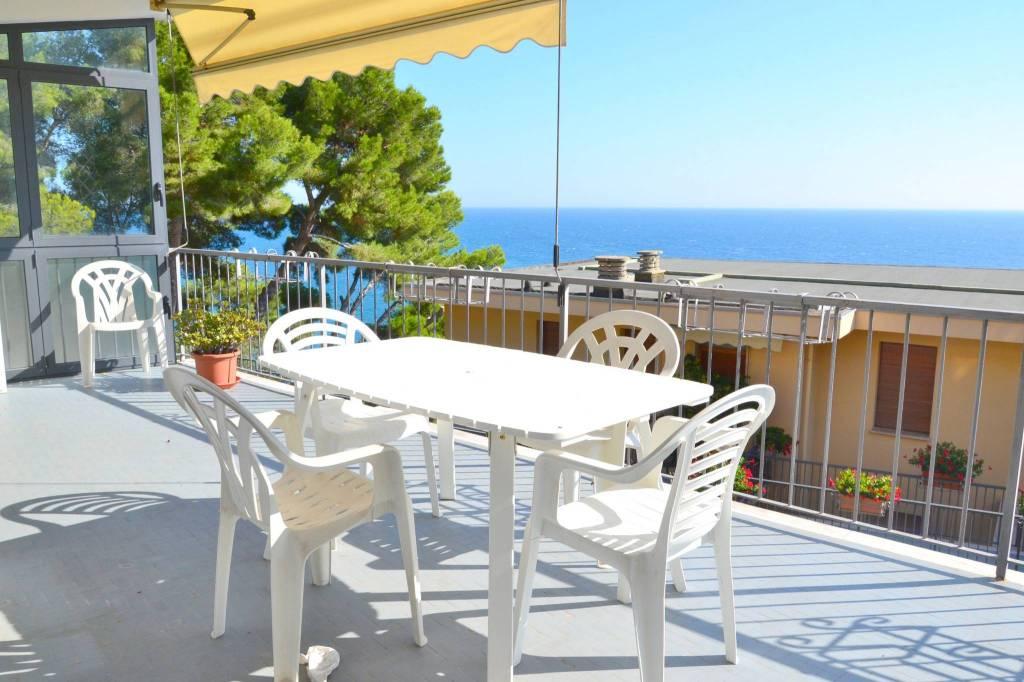 Appartamento in vendita a Cervo, 4 locali, prezzo € 169.000 | CambioCasa.it