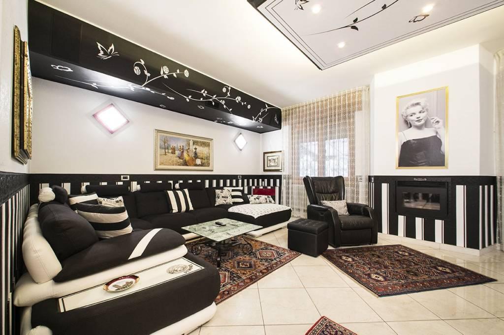 Appartamento in vendita a Cinisello Balsamo, 4 locali, prezzo € 280.000 | PortaleAgenzieImmobiliari.it