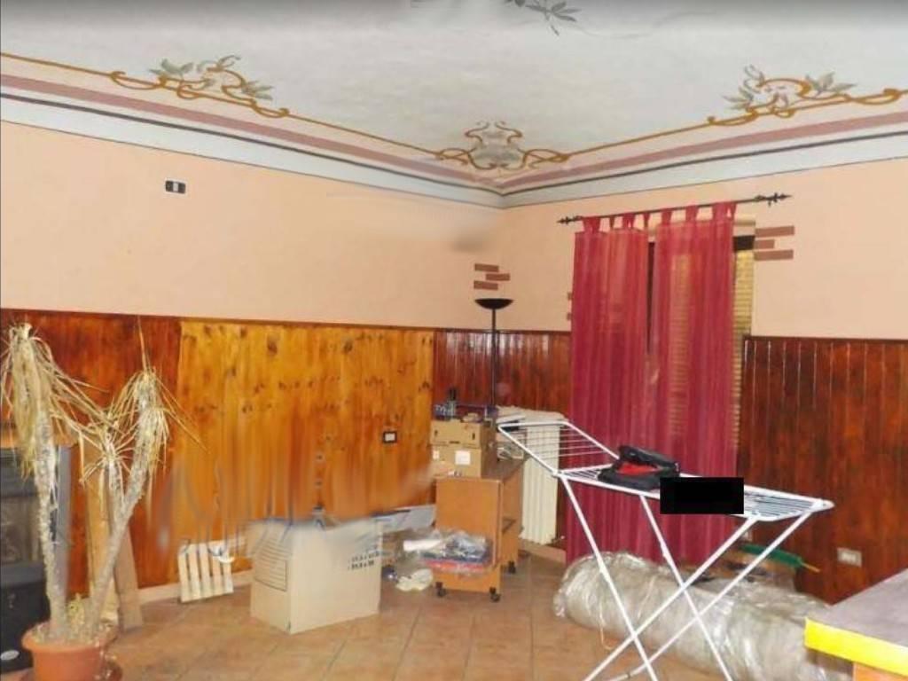 Negozio / Locale in vendita a Rocca Canavese, 4 locali, prezzo € 42.000 | PortaleAgenzieImmobiliari.it