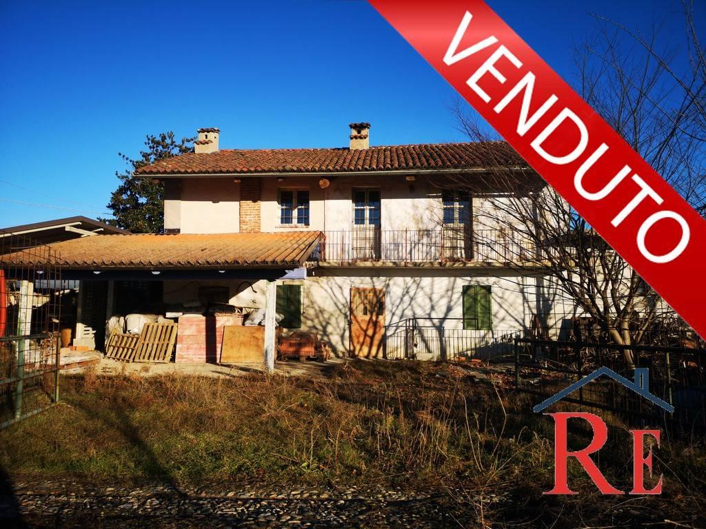 Foto 1 di Rustico / Casale Frazione San Luca, Villafranca Piemonte