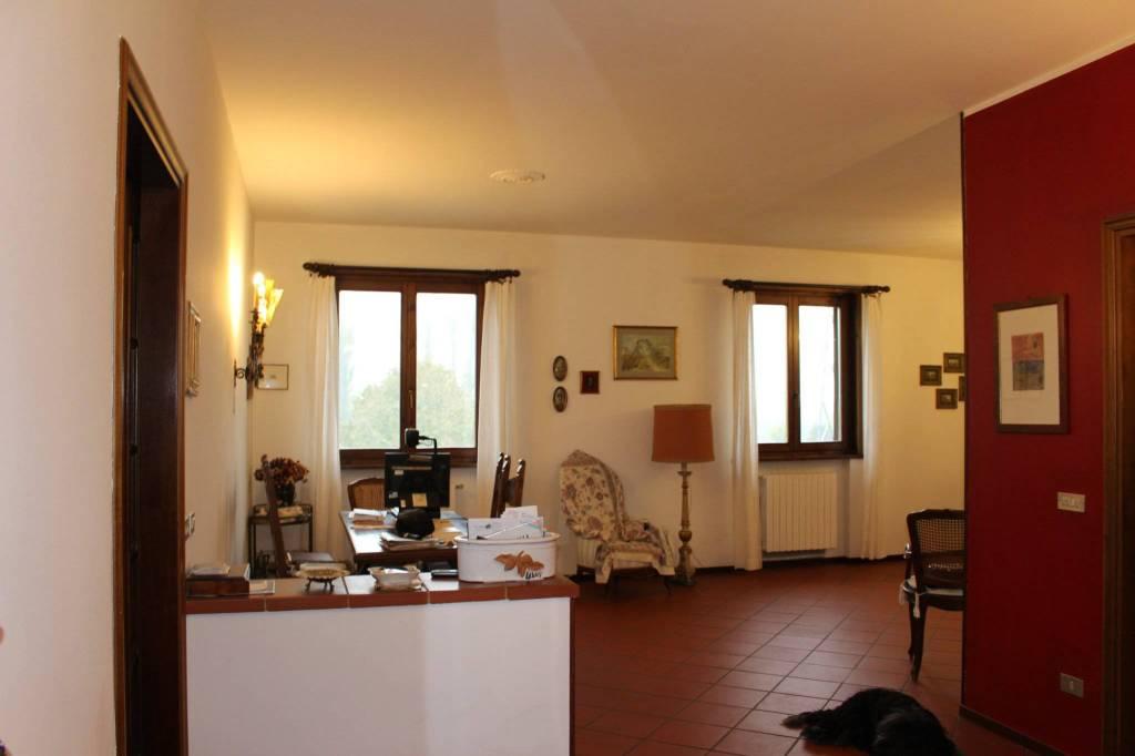 Appartamento in Vendita a Parma Periferia Ovest: 4 locali, 160 mq