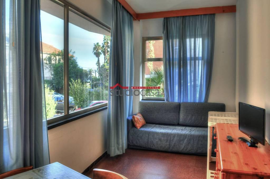 Appartamento in vendita a Finale Ligure, 3 locali, prezzo € 220.000 | PortaleAgenzieImmobiliari.it