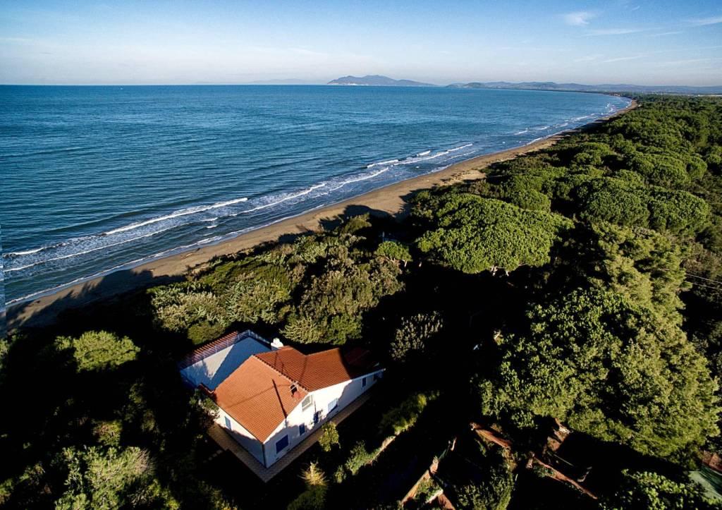 Villa in ottime condizioni parzialmente arredato in vendita Rif. 8717113