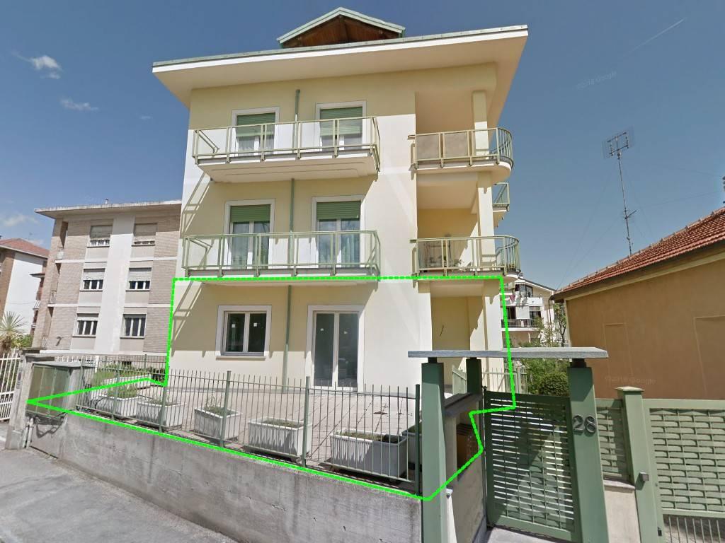 Appartamento in vendita a Pinerolo, 5 locali, prezzo € 125.000 | PortaleAgenzieImmobiliari.it