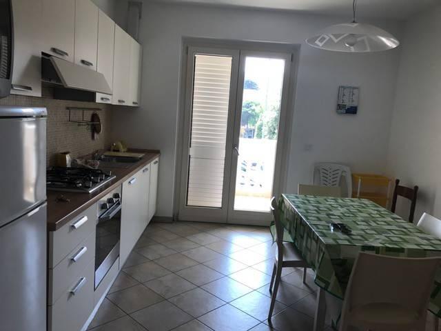 Appartamento in vendita a Tortoreto, 3 locali, prezzo € 168.000 | CambioCasa.it