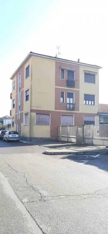 Appartamento in vendita a Mediglia, 2 locali, prezzo € 75.000 | CambioCasa.it