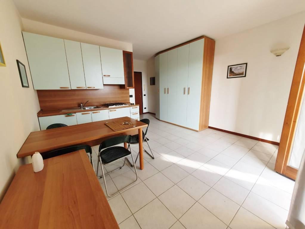 Appartamento in vendita a Sirmione, 1 locali, prezzo € 99.000 | PortaleAgenzieImmobiliari.it