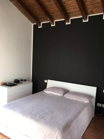 Appartamento in buone condizioni parzialmente arredato in affitto Rif. 6770974