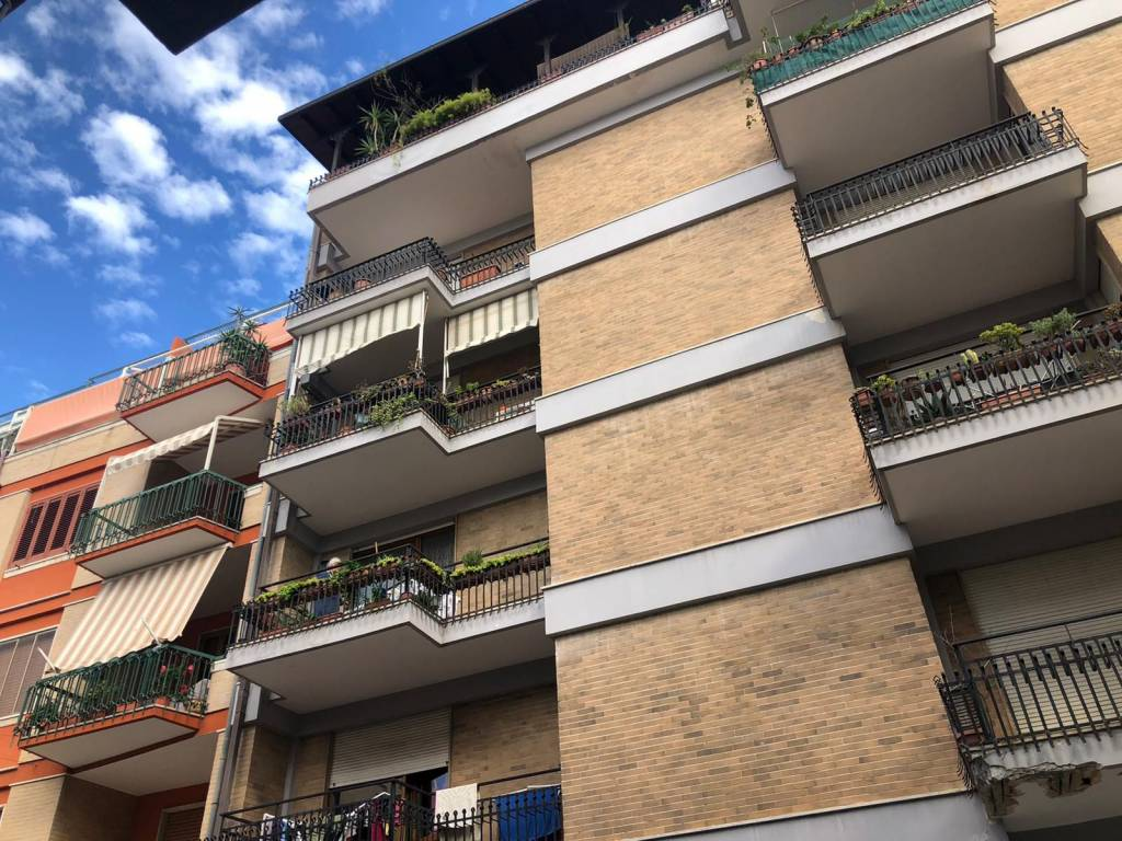 Appartamento in Vendita a Lecce Centro:  5 locali, 213 mq  - Foto 1