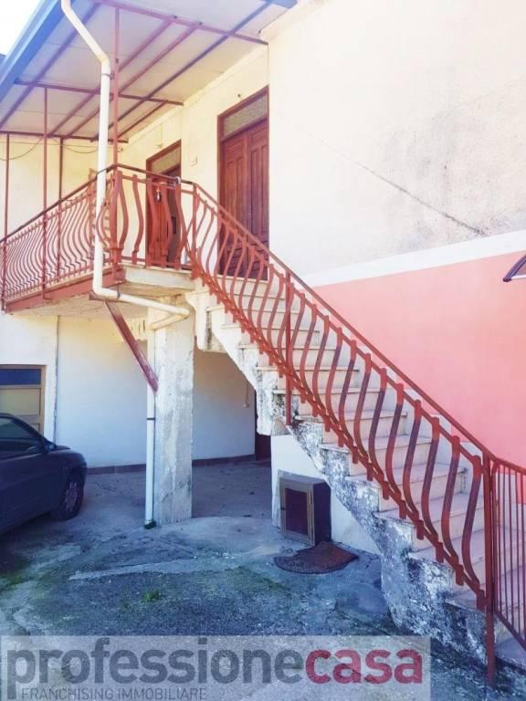 Appartamento in vendita a Piedimonte San Germano, 2 locali, prezzo € 40.000   PortaleAgenzieImmobiliari.it
