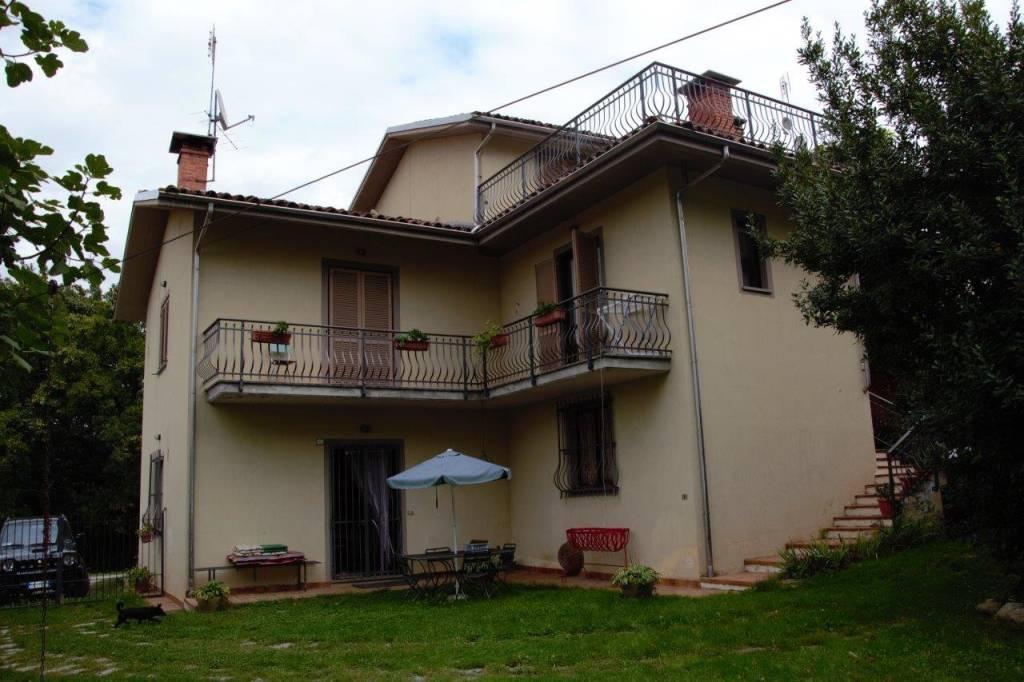 Palazzo / Stabile in vendita a Ceva, 4 locali, Trattative riservate   PortaleAgenzieImmobiliari.it