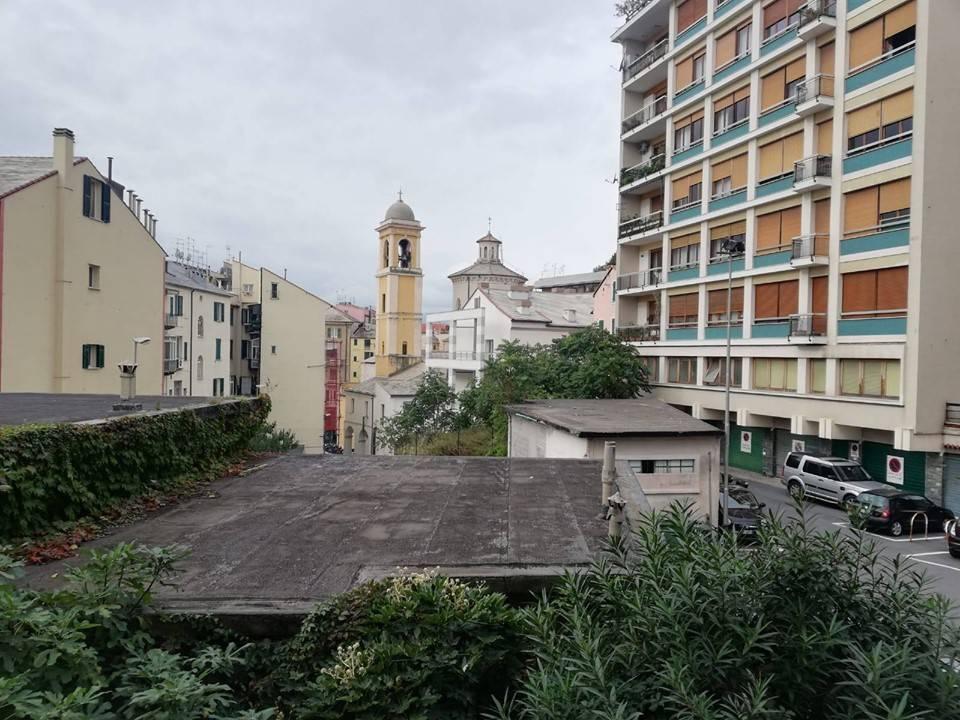 Foto 1 di Quadrilocale Savona