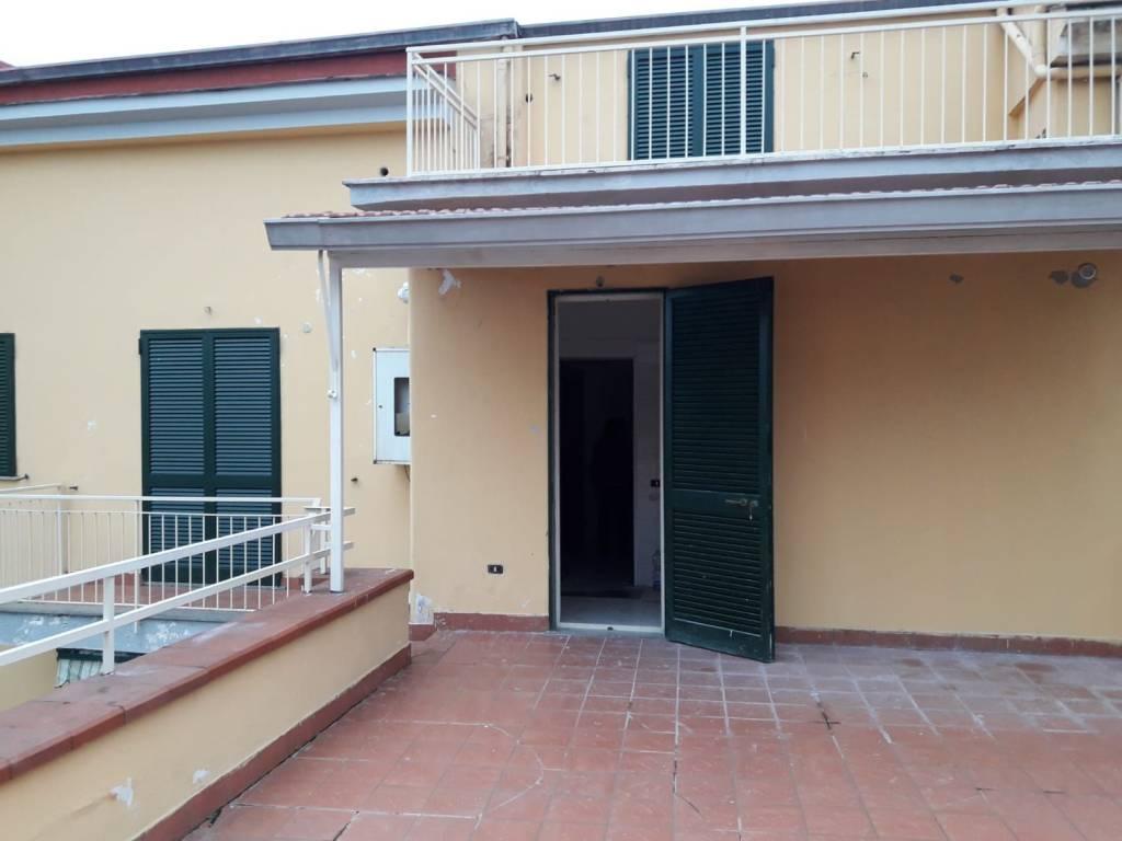 Appartamento in ottime condizioni in affitto Rif. 8547246