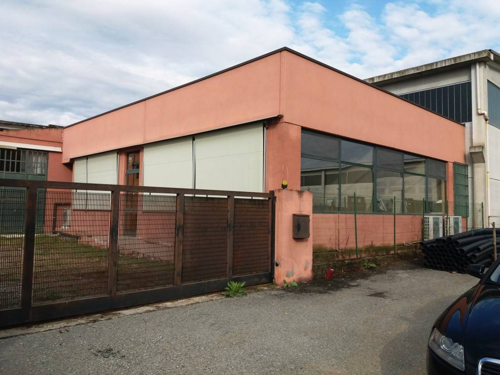 Capannone in vendita a Bagnolo Piemonte, 6 locali, prezzo € 155.000 | PortaleAgenzieImmobiliari.it