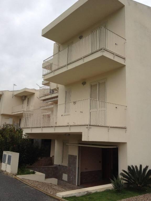 Villa in Vendita a Torregrotta Periferia: 5 locali, 200 mq