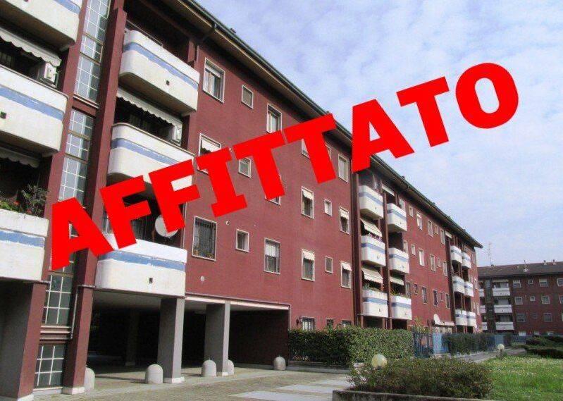 Appartamento in Affitto a Rodano: 3 locali, 75 mq