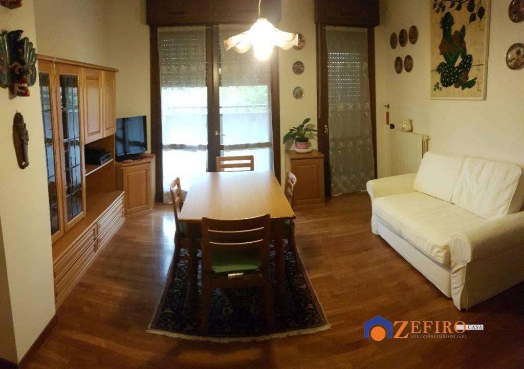 Appartamento in Vendita a San Giovanni In Persiceto Semicentro: 3 locali, 75 mq