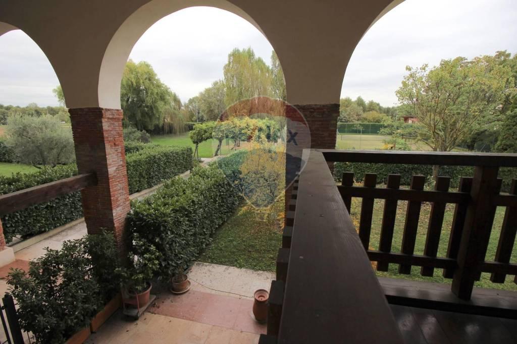 Appartamento in vendita a Vicenza, 4 locali, prezzo € 225.000 | CambioCasa.it