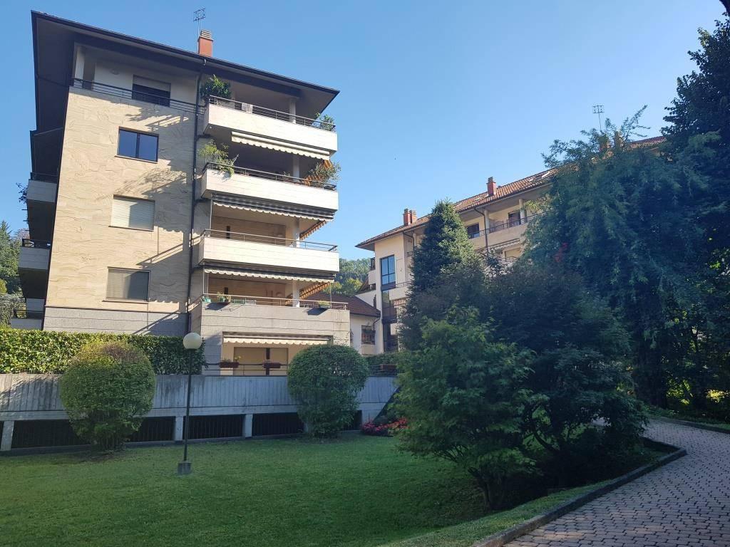 Appartamento in ottime condizioni in vendita Rif. 8816758